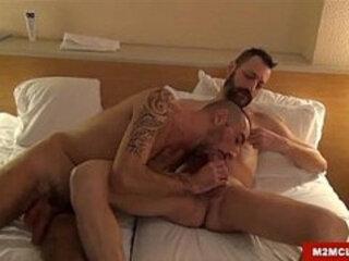 Italian daddies barebacking