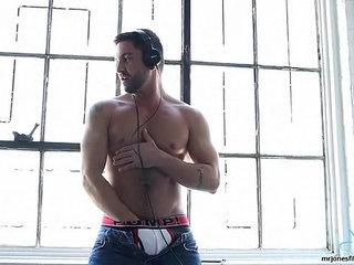 DJ Porn Star Dominic Deliversll