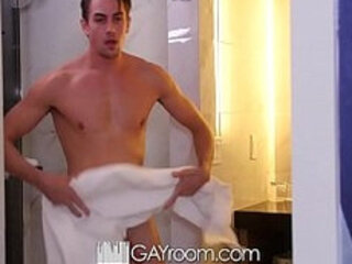 GayRoom Handsome Alex Taylor fucked after massage